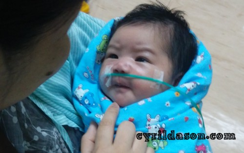 That greenish tube was to supply oxygen to Carissa