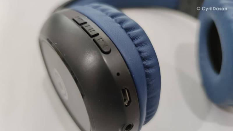 Sonicgear Airphone 3 Bluetooth headphones